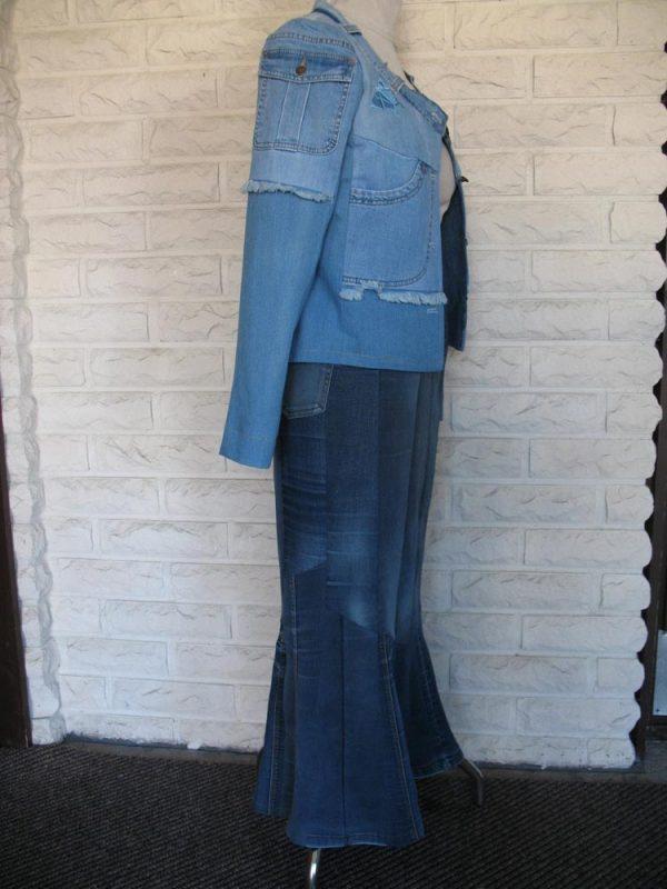 Heleganssi-naisten jakku-IMG_4171-e1554992745545