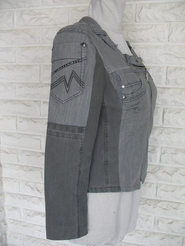 Heleganssi-naisten jakku-IMG_4321-e1554993858481
